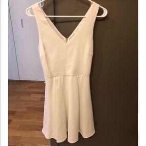 Beautiful White Everly Dress Size Small